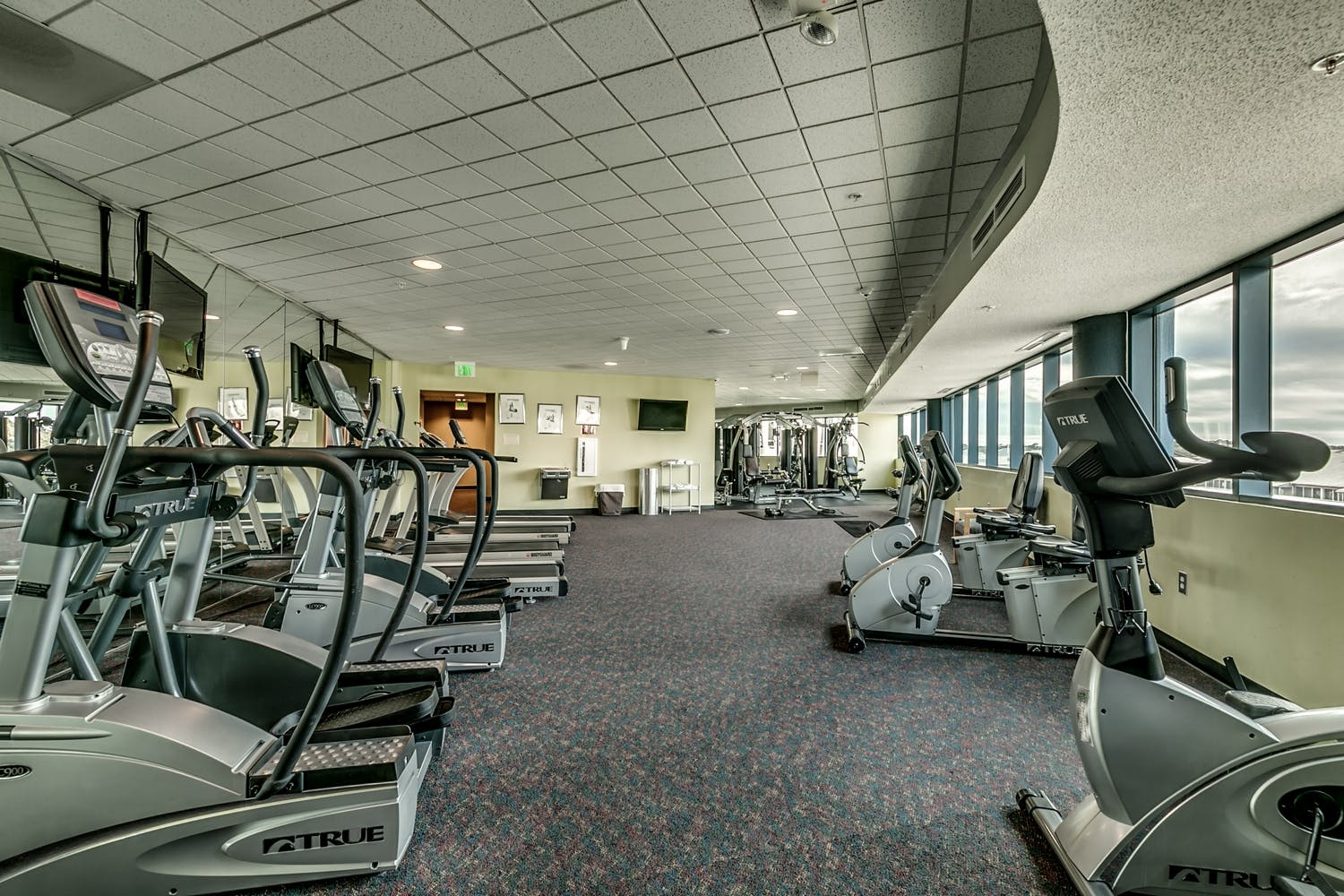 On-site fitness room located on the 4th floor